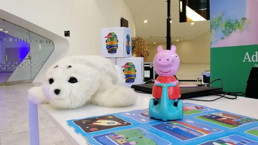 Robot Peppa Pig de Adelerobots